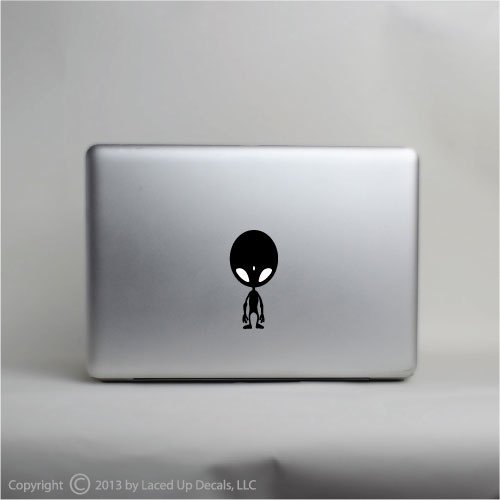 Black-Alien-Apple-Head-Macbook-Pro-Vinyl-Decal-Sticker
